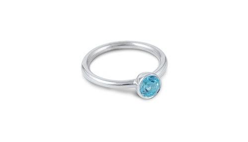 Ring aus Fairmined Silber mit Topaz
